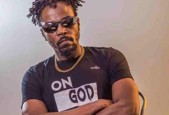 Politicians And Armed Robbers Are The Same - Kwaw Kese