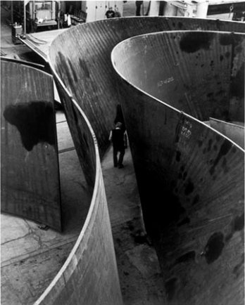 1619_richard_serra_sequence_200