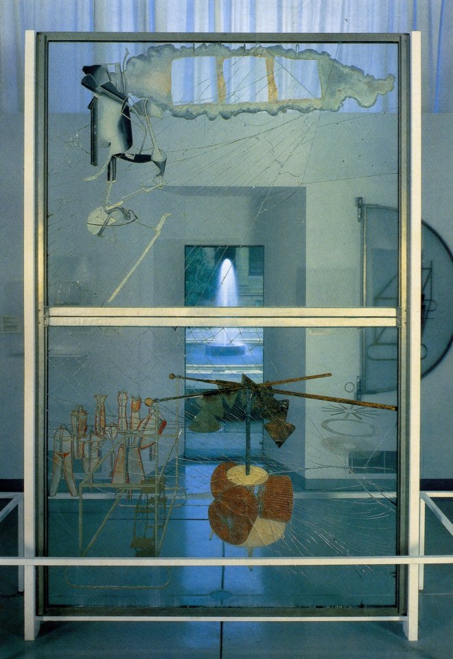 1352554039-1915-1923-marcel-duchamp-la-marige-mise-g-nu-par-ses-cglibataires-mgme-le-grand-verre-the-bride-exposed-by-her-single-people-even-large-glass