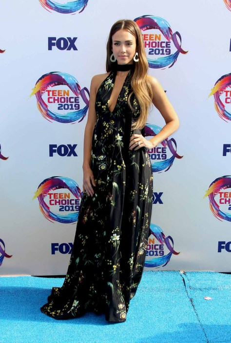 Jessica Alba red carpet