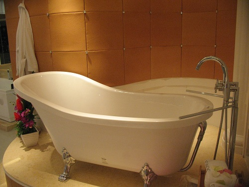 Antique Style Clawfoot Bathtub GFK1700 1 Perfect Bath