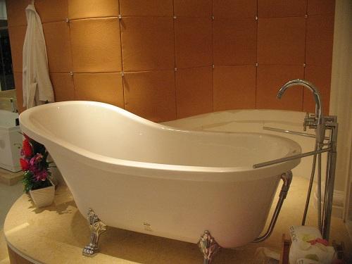 Antique Style Clawfoot Bathtub GFK1700 1 Perfect Bath