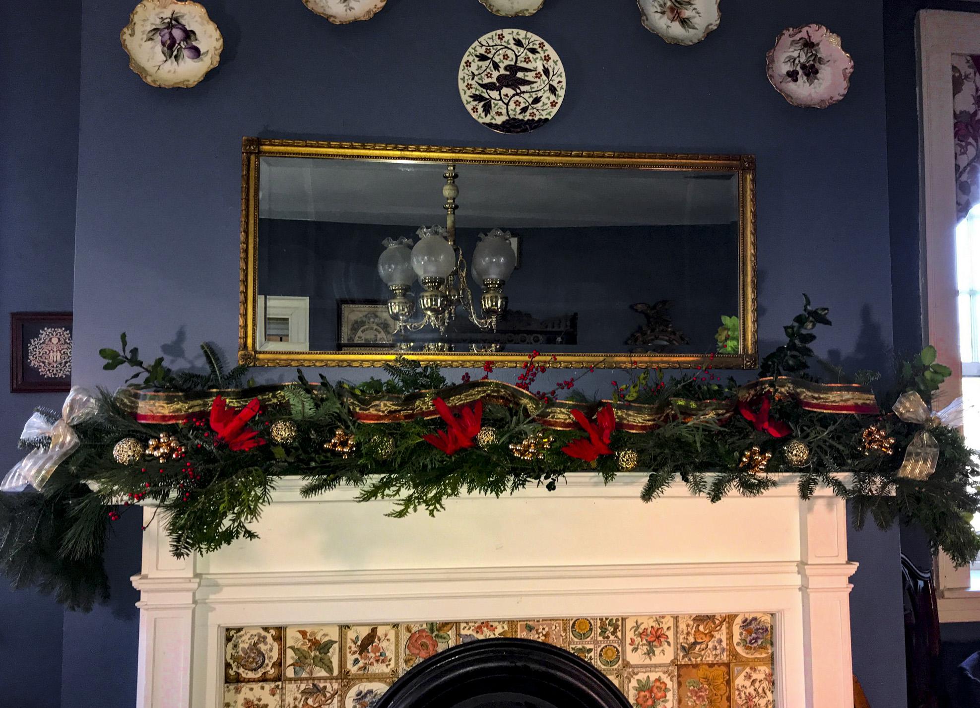Christmas Garland Fireplace Perfect Christmas Tree Farm