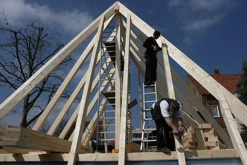 Roofing myths debunked for maintaining a good roof condition | How to maintain Roof