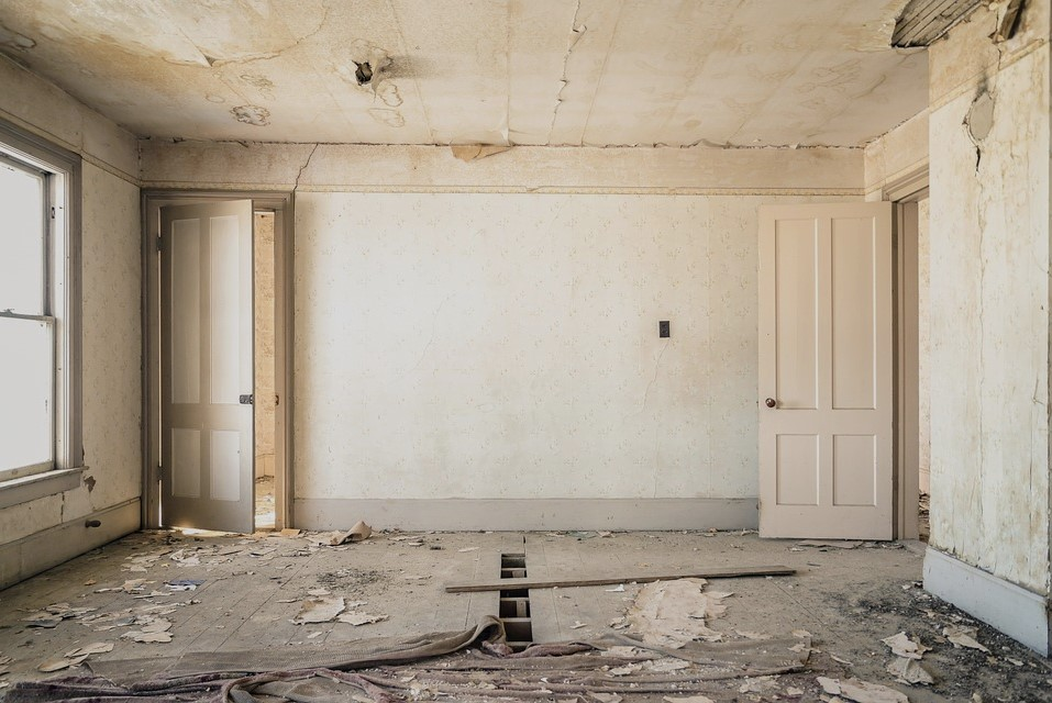 4 Home Repairs And Renovations To Complete Before You Start Decorating
