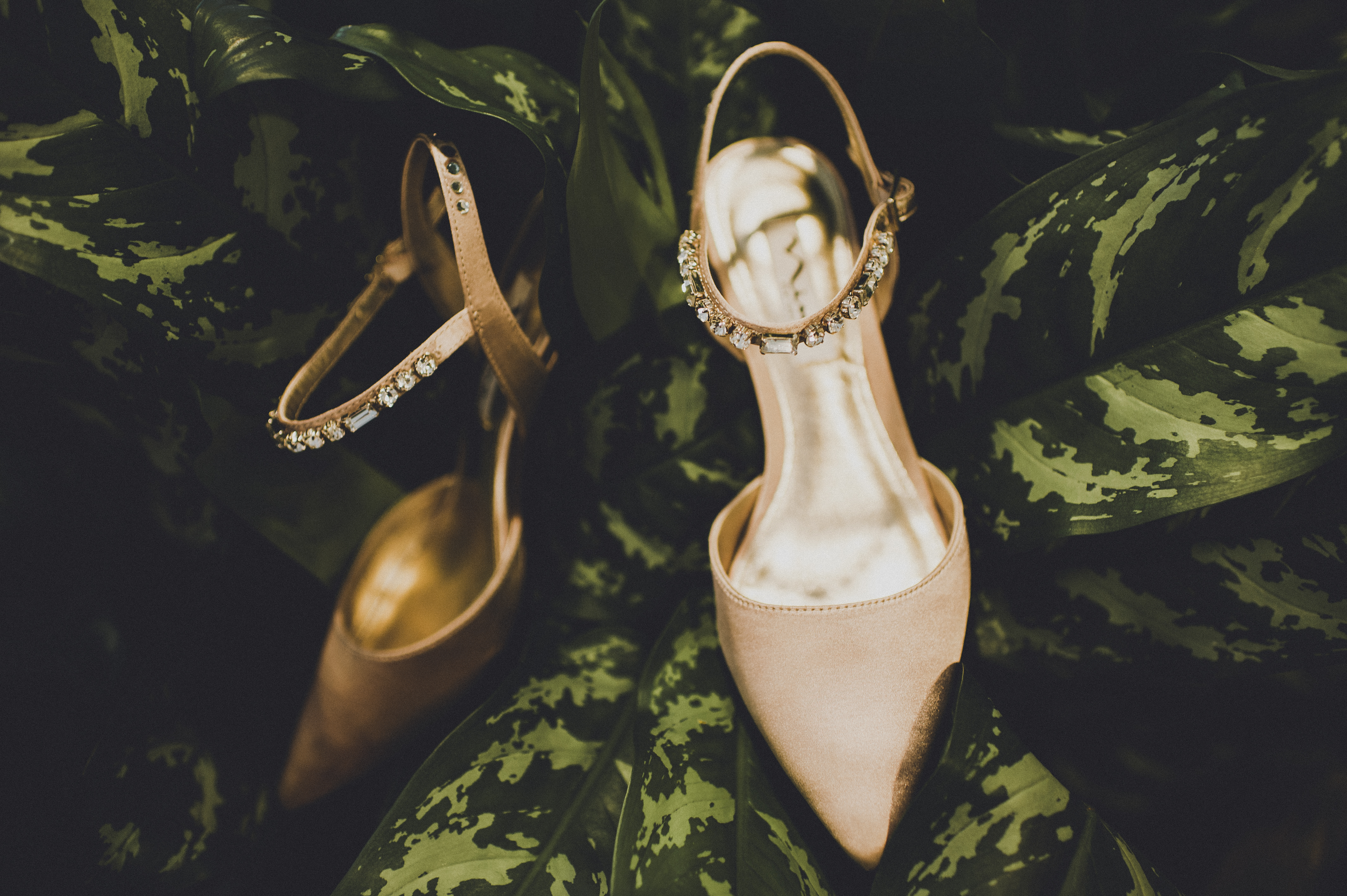 The Foundry by Herban Feast wedding in Seattle | Mid-century modern bridal shoes | Perfectly Posh Events | Carina Skrobecki Photography