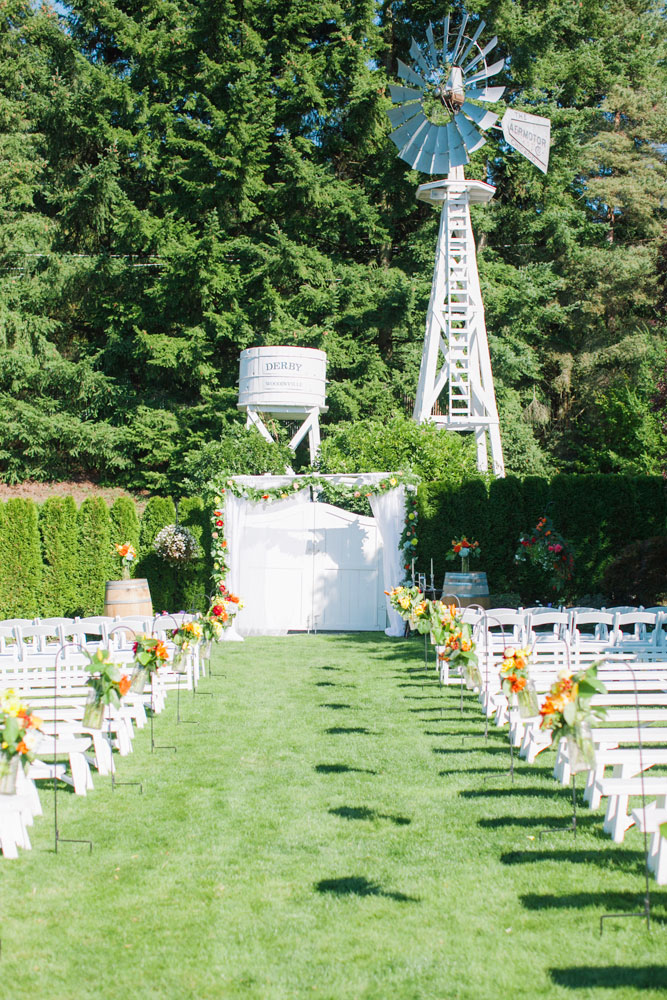 Clane Gessel Photography | Perfectly Posh Events, Seattle Wedding Planner | Hollywood Schoolhouse Wedding in Woodinville