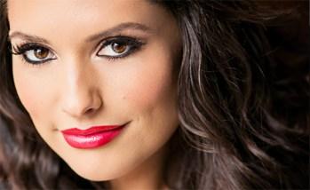 Seattle's Top Wedding Vendors | Bridal makeup photo | Salon Maison | Seattle's Best Hair & Makeup