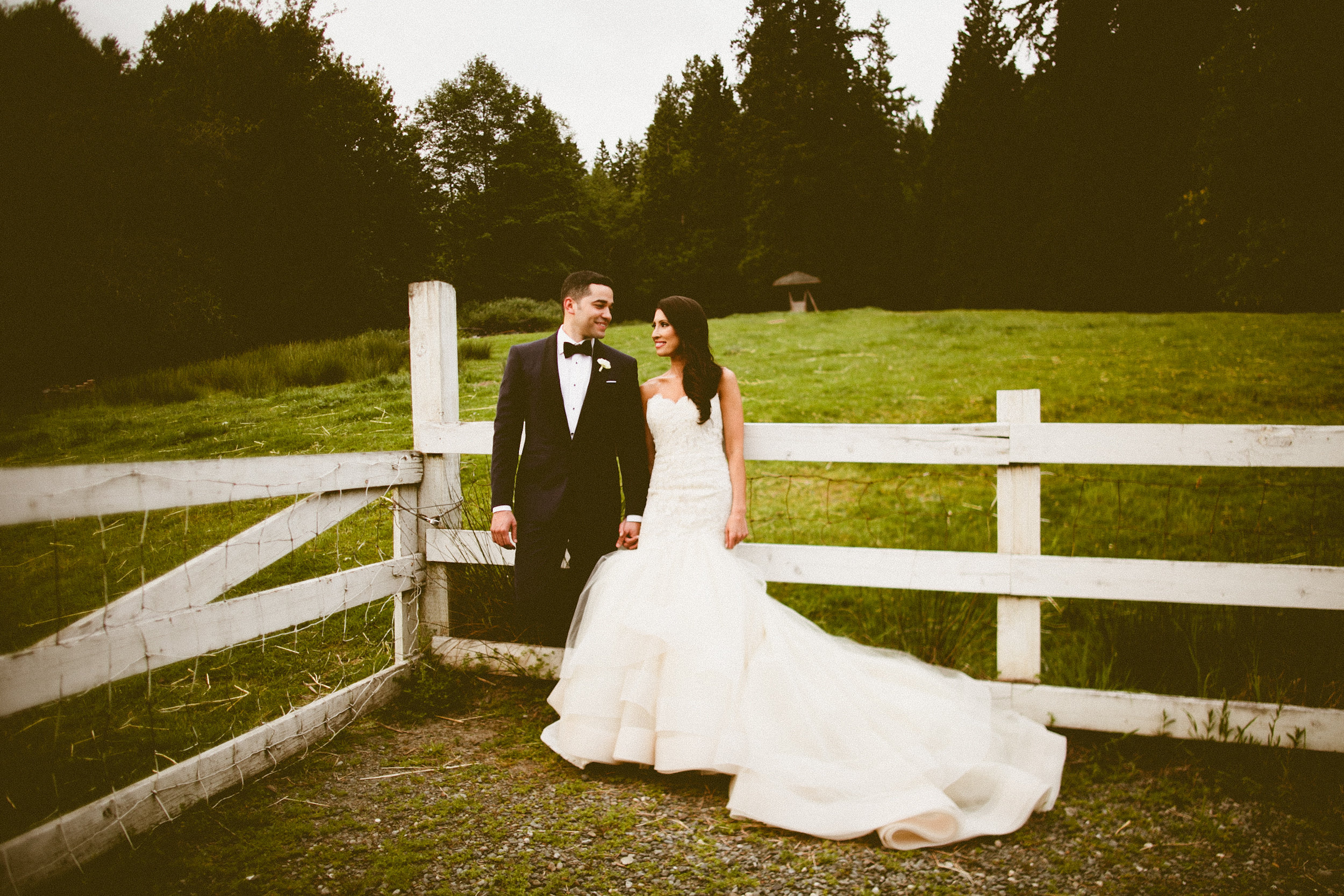 DeLille Cellars wedding in Woodinville | Bride & Groom outside green pasture | Perfectly Posh Events | Seattle Wedding Planner | Andria Lindquist Photography