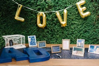 Seattle Wedding Coordinator | Gold and blue wedding | Blue Rose Photography