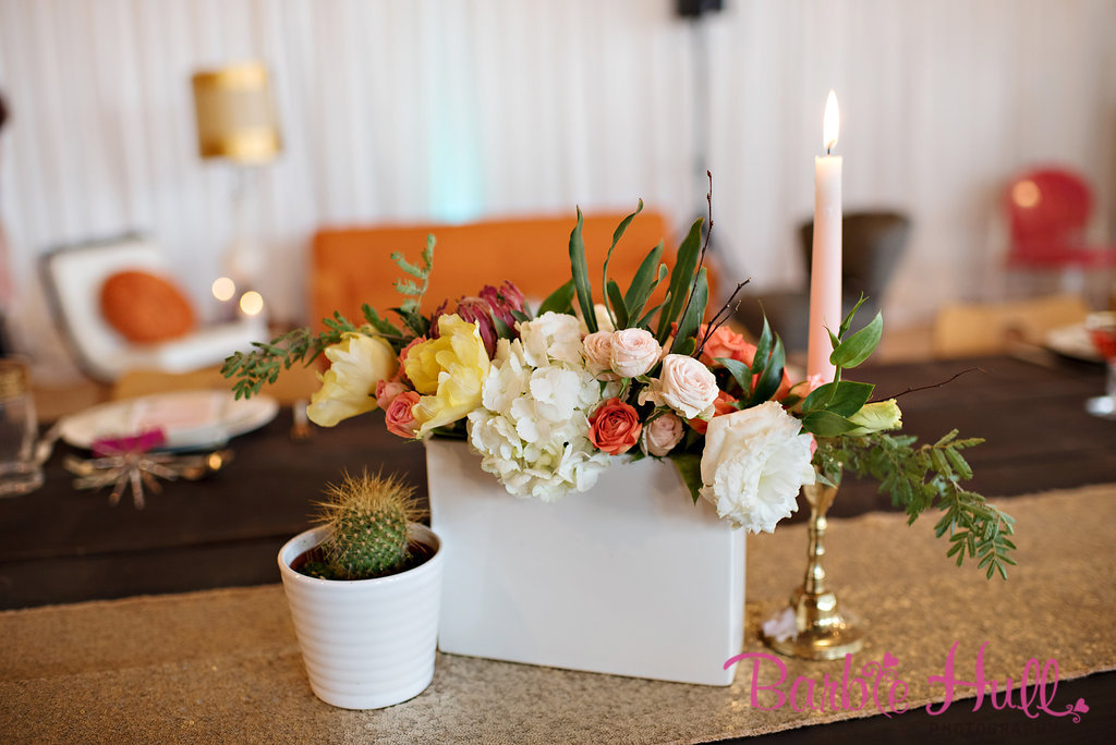 Seattle Wedding Show, I Do Sodo | Palm Springs Mid-Century centerpieces | Perfectly Posh Events | Barbie Hull Photography | Butter & Bloom
