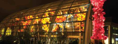 Valentine's Day Date Ideas in Seattle | Chihuly Garden and Glass | Perfectly Posh Events |