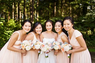 Robinswood House Wedding in Bellevue | Muted peach bridesmaids gowns with neutral bouquets | Perfectly Posh Events, Seattle Wedding Planner | Courtney Bowlden Photography | Sublime Stems