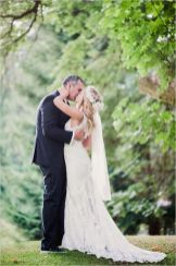 Glen Acres Golf Club   Seattle   Seattle Wedding Planner   Perfectly Posh Events   Barrie Anne Photography   First kiss