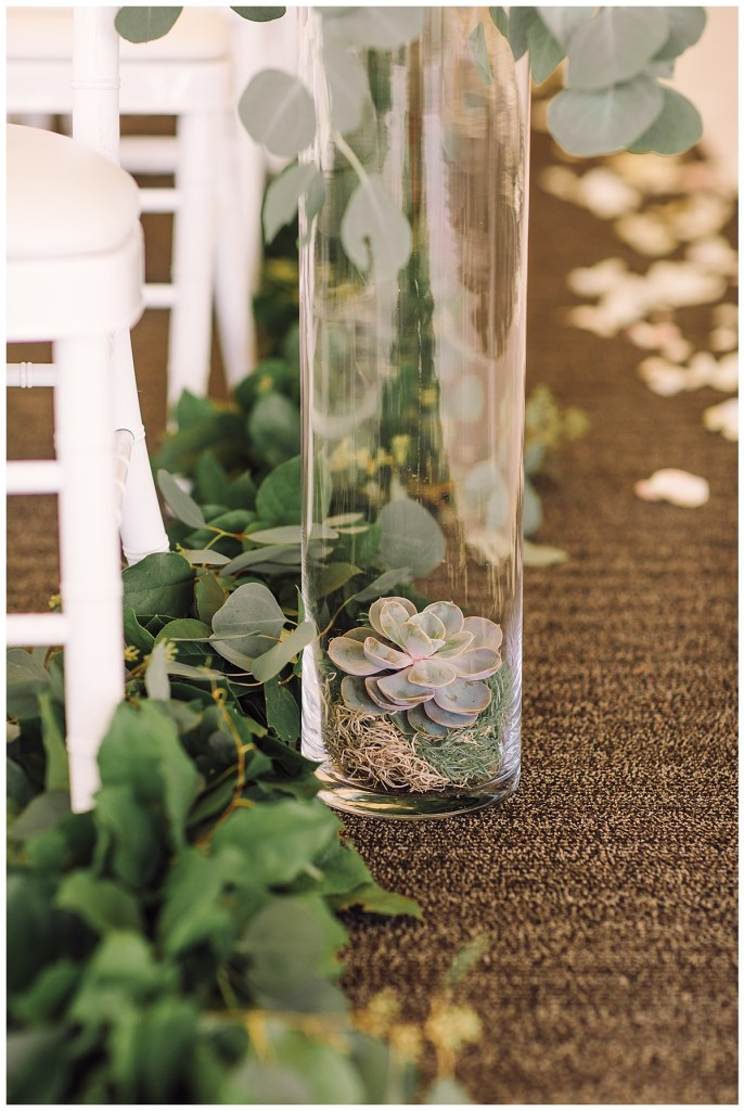 Elena + Travis mixed modern and romantic for their wedding at the Woodmark Hotel & Spa.