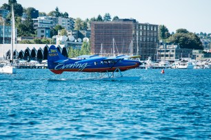Center for Wooden Boats wedding in Seattle | Seattle airplanes landing near Center for Wooden Boats | Perfectly Posh Events, Seattle Wedding Planning | Kathryn Moran Photography