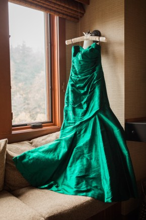 Salish Lodge Wedding in Seattle | PNW wedding with emerald green wedding dress alternative | Perfectly Posh Events | Amy Galbraith Photography | Cicada Bridal