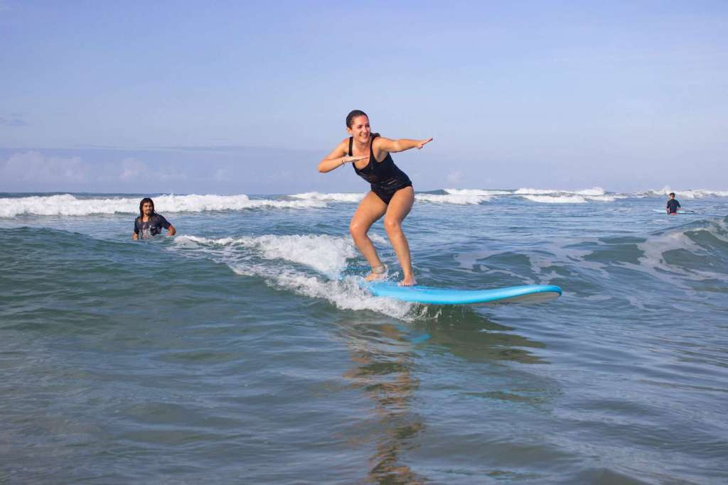 Best-Place-to-Learn-To-Surf