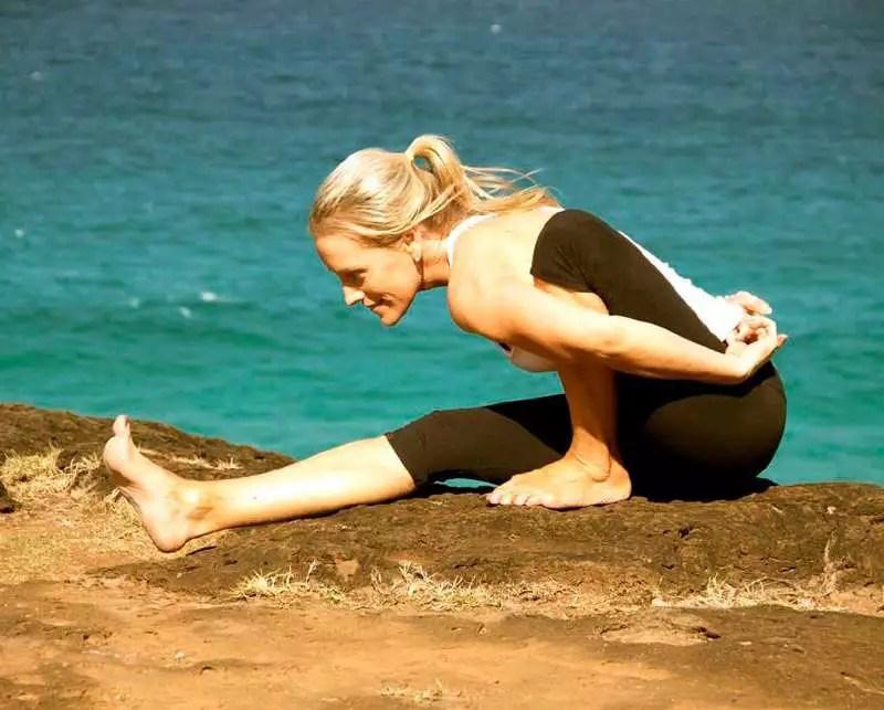 Madonna yoga