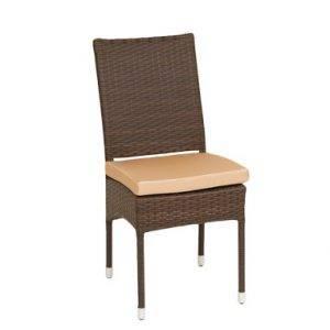 Ротанговый стул в Калининграде