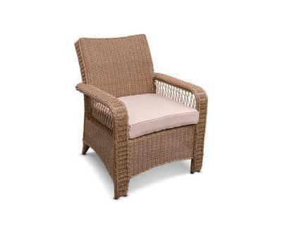 Кресло из ротанга в Крыму