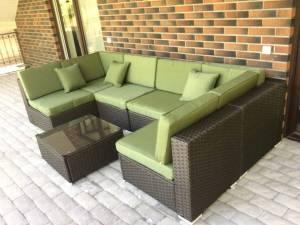 Заказать большой диван из ротанга