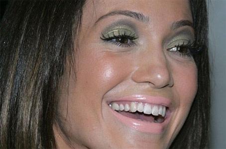 Jennifer Lopez - Erro de maquiagem