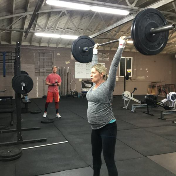 Can I Lift Weights While Pregnant?