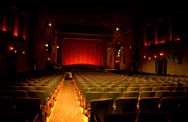 Chicago Opera Theater to Perform at Southport's Historic Music Box