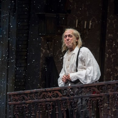 Review: A CHRISTMAS CAROL at Goodman Theatre