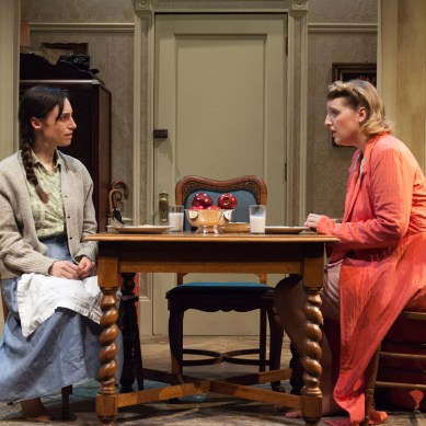 Review: A SHAYNA MAIDEL at TimeLine Theatre Company