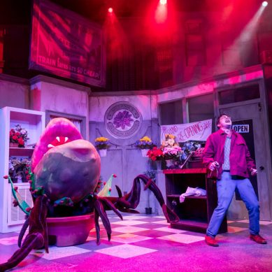 Review | LITTLE SHOP OF HORRORS at Mercury Theater Chicago