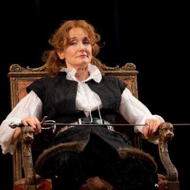 "Review   ""Bernhardt/Hamlet"" at Goodman Theatre"