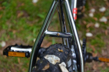 Seat stay clearance