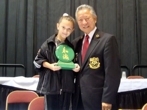 2010 Grandmaster posing with Sibley and her Trophy