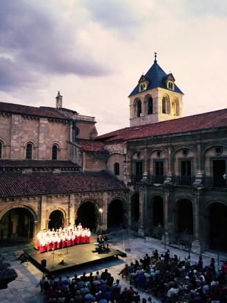 Claustro San Isidoro Leon-Phoenix Boys Choir -June 2014
