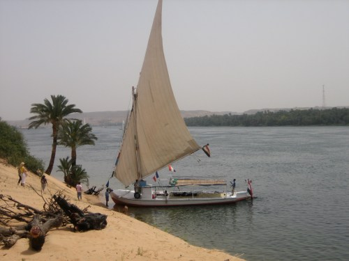 Un Jardin Sur Le Nil by Hermes Felucca_on_the_Nile Wikipedia