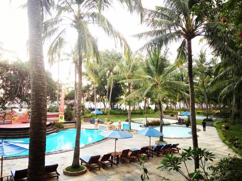Ada banyak hotel di Senggigi yang menawarkan kenyamanan lebih via @nikenlgunadi
