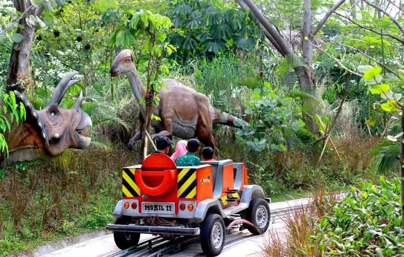 Salah satu atraksi di Jungleland via @jungleland_indo