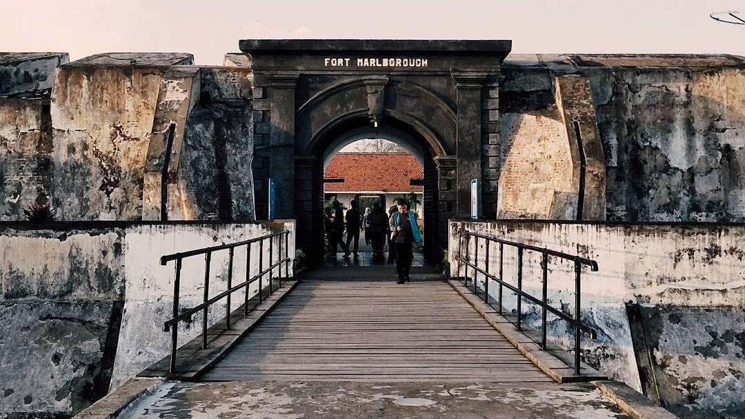 Benteng Marlborough, Bengkulu via @romyindraw