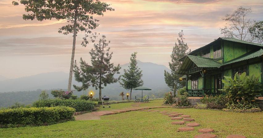 Cisarua ini adalah daerah yang sejuk, cocok untuk liburan bersama keluarga via @taman_safari