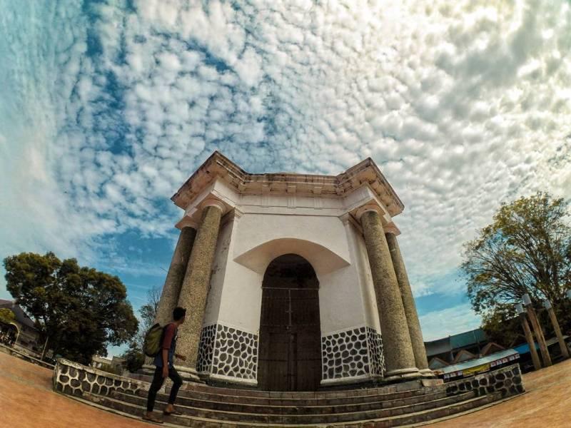 Tugu Thomas Park, Bengkulu via @dimas.syahputra31