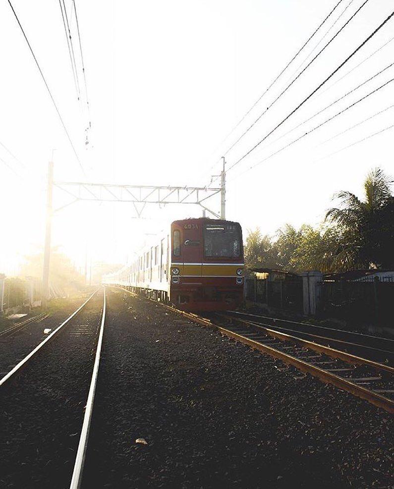 Kereta yang melayani rute ke Tangerang via @06silent