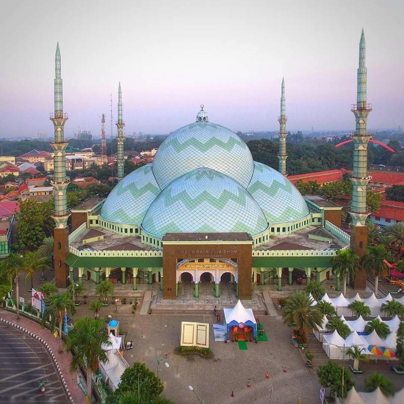 Masjid Raya Al-A'zhom, Tangerang via @afifuddinn