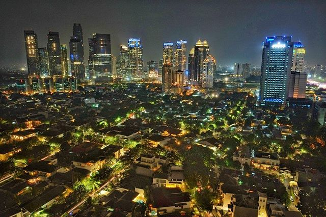 Jika ingin melihat kesibukan Jakarta, berkunjunglah ke SCBD via @jayadi