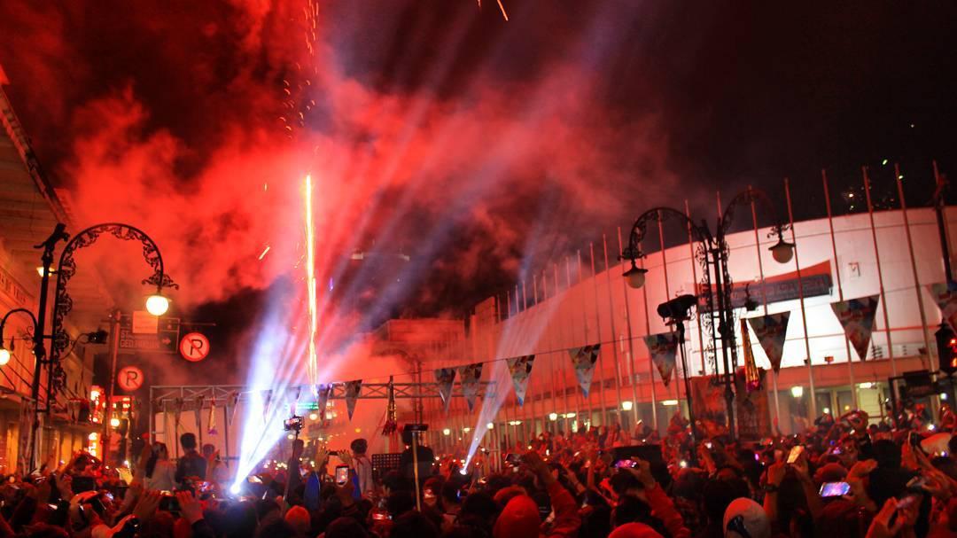 Suasana malam tahun baru di Bandung bisa sangat menyenangkan untuk dinikmati via @jusufyulindo95