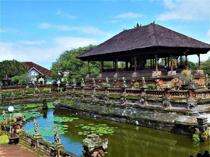 Tempat wisata di Semarapura, Taman Gili atau Kerthagosa via @this_ordinarygirl