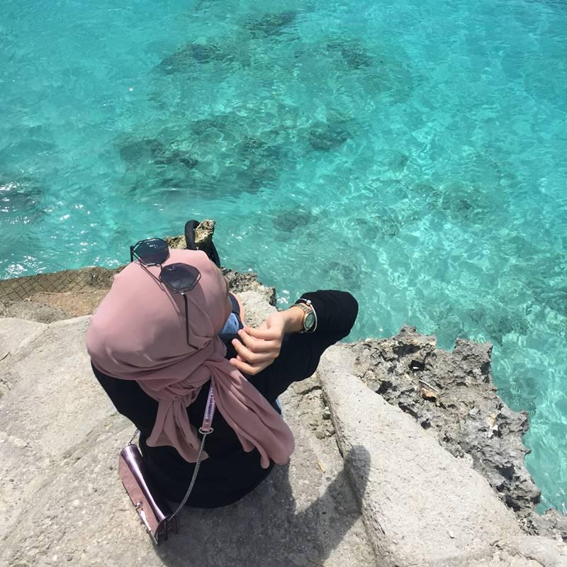 Keindahan dari Pulau Sabang adalah lautnyaa yang biru dan jernih bak permata! via @ieykha_