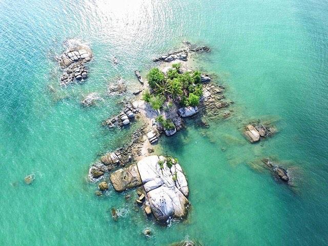 Pulau Resang, salah satu pulau di Dabo yang belum dijamah orang banyak! via @exploresingkep
