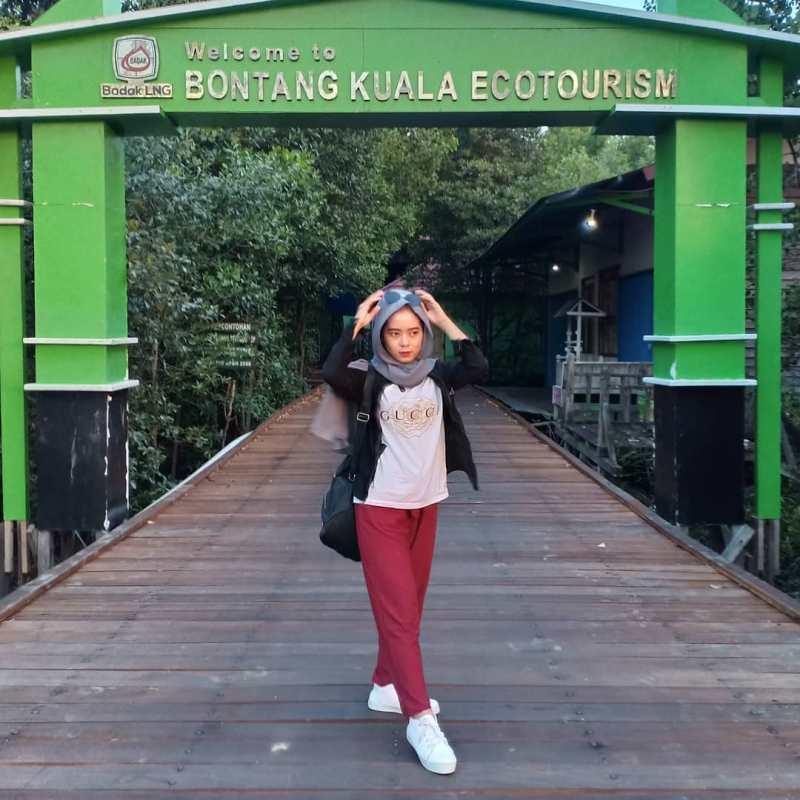 Bontang adalah sebuah kota di Provinsi Kalimantan Timur yang terletak sekitar 120 kilometer dari Kota Samarinda! via @ichazahra121